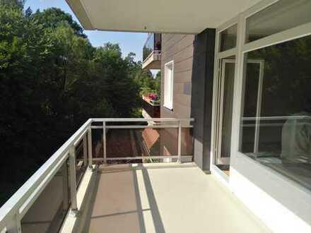 Kernsanierte 3-Zimmer Wohnung mit Süd/West-Balkon