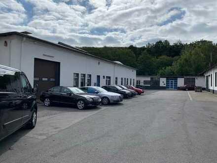 Lager- und Produktionshalle mit Büro direkt an der B7