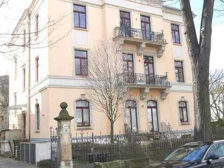 Südvorstadt - vermietete 2 RWE mit Balkon in stilvoll sanierter Stadtvilla
