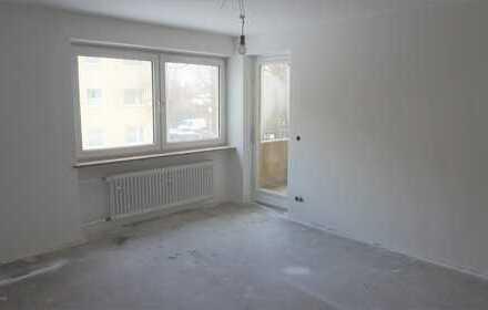 sonnige und praktische 3 Zimmerwohnung mit Balkon - Erstbezug nach Komplettrenovierung