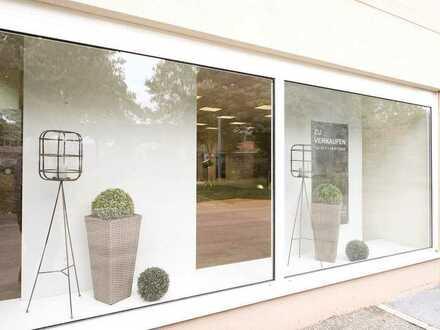Gute Lage: Verkaufsfläche/Ausstellungsfläche mit darüberliegender, äußerst großzügiger Wohnung