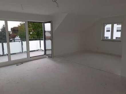 Erstbezug: schöne 3-Zimmer-Dachgeschosswohnung mit Balkon in Vohburg