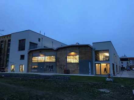 Townhouse mit Spreeblick für Kreative / Wohnen auf 20 m² möglich
