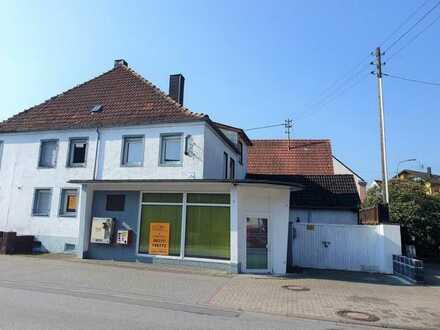 +++Großzügiges Wohn-und Geschäftshaus mit Stellplatz, Hof, Balkon mit im Ortszentrum+++