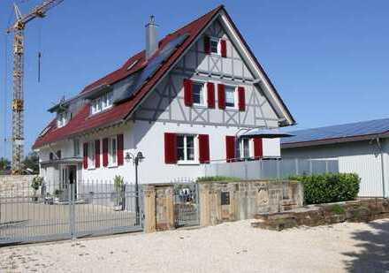Traumhaus in konkurrenzloser Randlage von Altdorf.