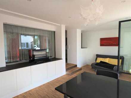 Neuwertiges 2- Zimmer - Designer - Apartment mit exklusiver Ausstattung