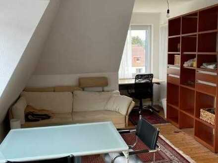 14 m² großes Zimmer mit Komplett möbliertes in der Nähe des Saarpfalz Gymnasium