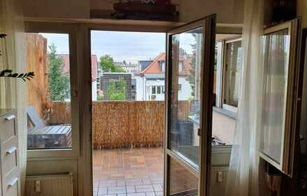 Gut geschnittene, möblierte 1 Zi. Wohnung in beliebter Wohnlage von Frankfurt-Niederrad