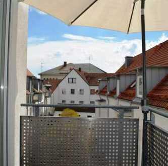 Pfaffenhofen! Beste Innenstadtlage! 3-ZKB im 2. OG mit Einbaukü., Balkon, Keller und TG-Stellplatz!