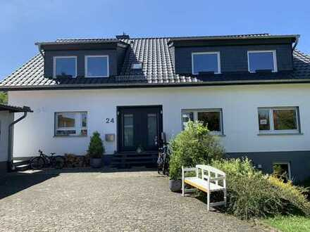 Top sanierte, wunderschöne helle Dachgeschoss-Wohnung in Bestlage Taunusstein- Wehen