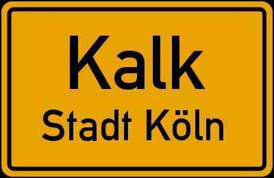 Köln-Kalk: 2 Zimmer, 2012 saniert, Aufzug, Balkon, großes Bad mit Wanne und Dusche, Einbauküche.