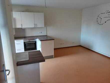 3-Zimmer-Wohnung in Burg-Gräfenrode (+Apartment)
