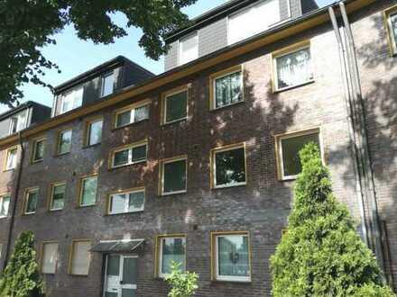 Obermeiderich: gemütliche und gut geschnittene 3 Zimmer mit Balkon
