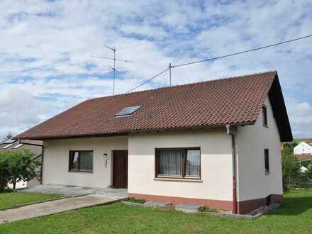 Schönes Einfamilienhaus mit zehn Zimmern und großzügigem Garten in Wellendingen, Wilflingen
