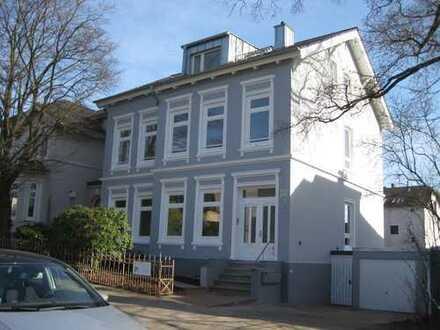 moderne 3,5 Zimmer-Wohnung im Villenviertel von Hamburg-Bergedorf