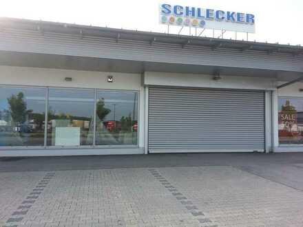 Ladenverkaufsfläche für Einzelhandel im Gewerbegebiet Denkendorf
