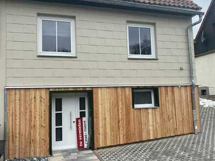 Erstbezug nach Sanierung: ansprechende 3,5-Zimmer-Doppelhaushälfte Suhl-Neundorf
