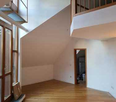 Wunderschöner Altbau * Dachterrassen-Galeriewohnung an der Isar * Erstbezug nach Sanierung *
