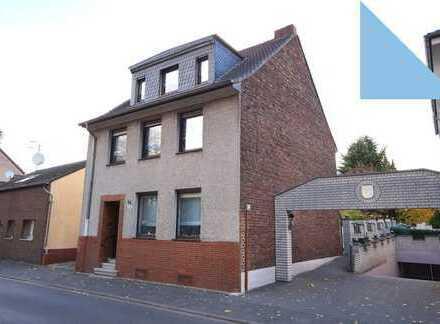 Vermietetes Wohnhaus in zentraler Lage von Lövenich!