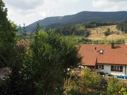 Traum Ausblick: 3 Zimmer Wohnung (Neubau-Standard), Terrasse und Garten