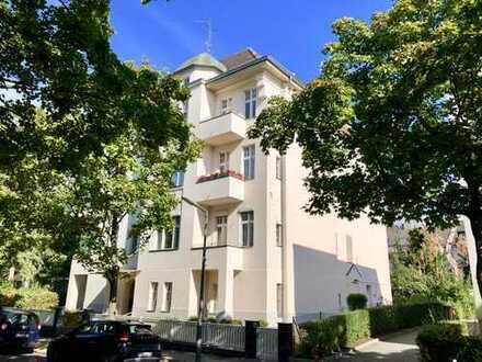 Berliner Altbau! Großzügiger Schnitt! 2 Bäder! 2 Balkone!