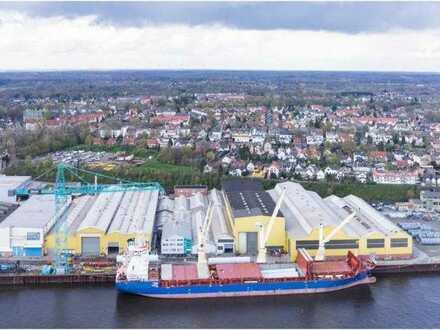 Industriehalle dirkekt an der Weser