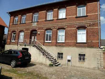 Große 3-Raum Wohnung Nähe Wolfsburg auf ehemaligem Bauerhof in ruhiger Lage