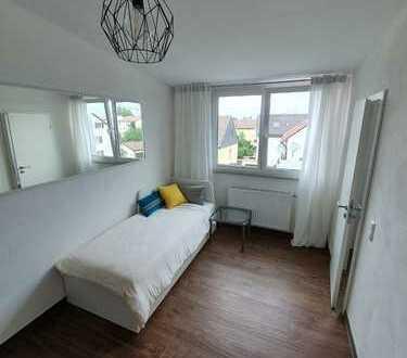 Mehrere Neuwertige Möblierte 1-Zimmer Wohnungen in Denkendorf zu vermieten!