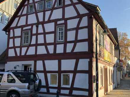 Herrliche 4-Zimmer-Wohnung im original Fachwerkhaus in DA-Eberstadt