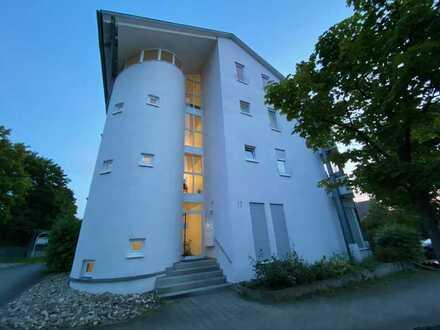 2-Zimmer-Wohnung mit Balkon und EBK in Dettingen unter Teck. RESERVIERT