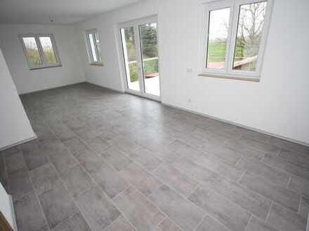 Wohnung mit Gewerbeeinheit in Landshut - Tiefenbach!