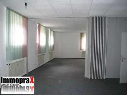 Großzügige Wohnung als Wohnung für Monteure oder als Paxis