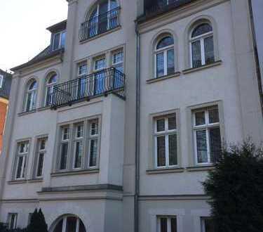hochwertige 4-Zimmer-Wohnung mit Balkon an der Mulde