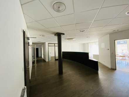 Praxis oder Büro in gepflegtem Ärztehaus