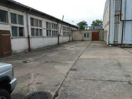 120 - 700 m² Industriehalle Lagerhalle Gewerbehalle Werkstatt mit Büro am Rande von Spremberg