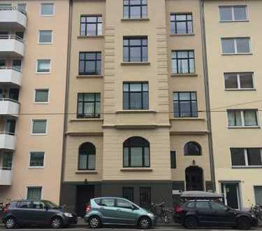 TOP: Belgisches Viertel-kernsanierte 5-Zimmer-DG-Maisonette-Wohnung mit Dachterrasse
