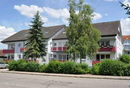 -Wohngebiet Auf Hohen - Grosse 4-Zimmer-Wohnung Dachgeschoss mit herrlichem Ausblick!