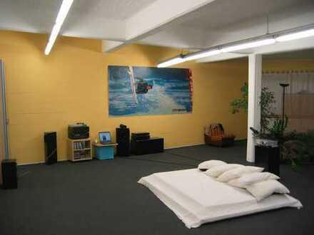 80qm Zimmer in 250 qm Loft/Fabriketage (ab sofort - 690 € warm !))