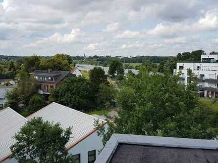 Gepflegte 3-Zimmer-Maisonette-Wohnung mit Balkon und EBK in Bremen