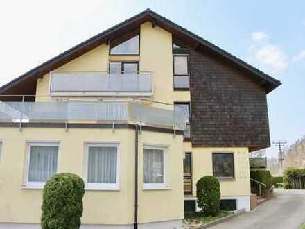Buchenbach:  3 Zi.Maisonette-Wohnung zur Miete mit großer Terrasse in ruhiger Randlage