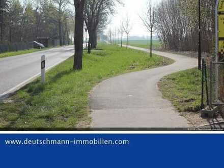 DEUTSCHMANN IMMOBILIEN ***** - ivd - Straßenbegleitendes Baufeld in attraktiver Randlage von Bernau!