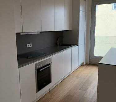 Exklusive, geräumige und neuwertige 2-Zimmer-Wohnung mit EBK in Starnberg (Kreis)