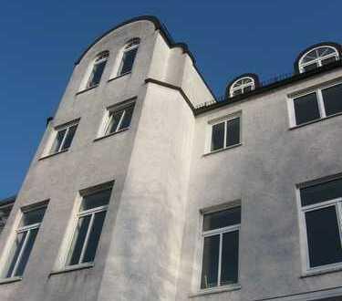 Mitten im Viertel - 2 Zimmer-Wohnung mit 2 Terrassen und Gartenanteil