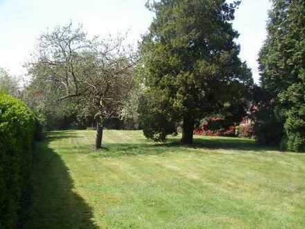Vielseitig nutzbares und großzügiges Grundstück in Heiligenloh