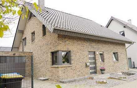 Sehr großes und junges Haus mit Einliegerwohnung