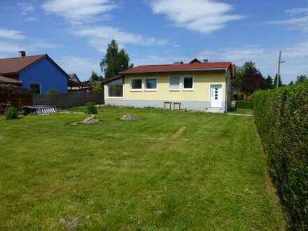 Baugrundstück, sonnig, ruhig, für bis zu 4 Wohnungen mit solidem EFH nahe S-Bahn Petershagen-Nord