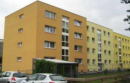 Mitterteich. 2-Zimmer-Wohnung mit Loggia im 2. OG