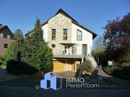 Außergewöhnliches Architektenhaus in schöner und ruhiger Lage von Calden!