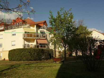 Helle DG-Wohnung mit Balkon, Aufzug, TG-Stellplatz und Sauna