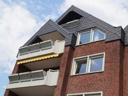 Großzügige 3 Zimmer Wohnung mit zusätzlichem Dachstudio in Brackwede